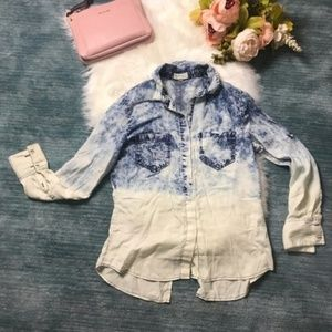 Thread & Supply Chambray Button Down Top Size M